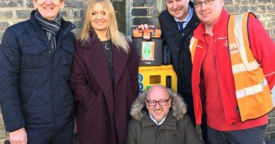 Businesses help fund lifesaving equipment for St Johns Street