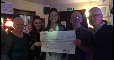 Fundraisers at the Greyhound pub in Ixworth raise £4,515 to help purchase recliner chairs for the West Suffolk Hospital