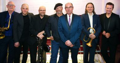 Andy Fairweather Low to play at The Apex later this month